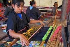 weverij-van-traditionele-ikat-van-lombok